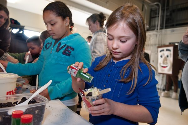 How to Make a Tasty, Educational Landfill Sundae